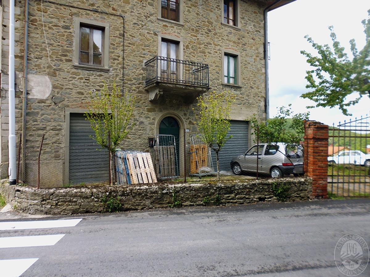 Negozio a CHITIGNANO in Via Roma 2