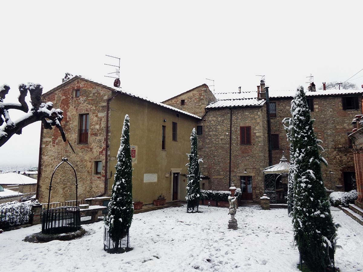 Parte di edificio storico a SARTEANO in Via dei Lecci 32