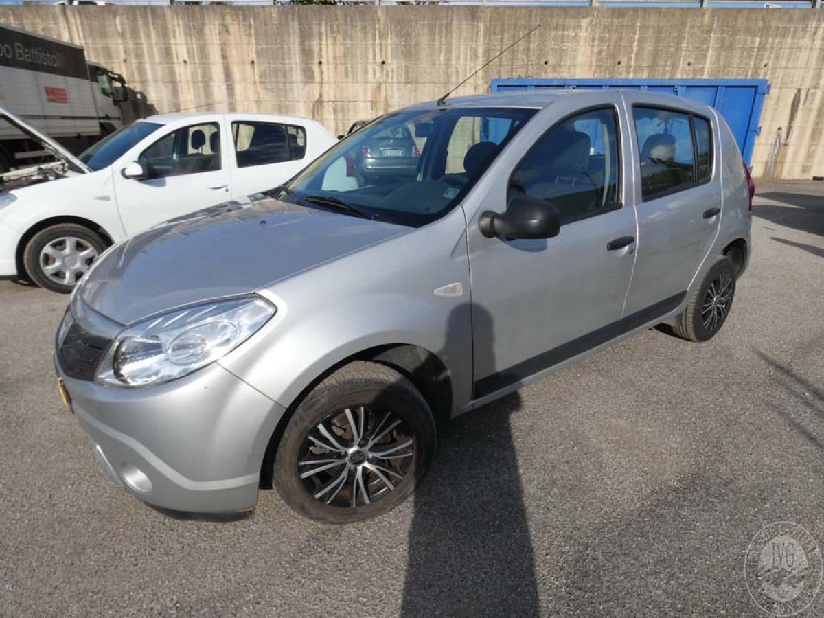 Autovettura Dacia anno 2011   GARA DI VENDITA SABATO 7 DICEMBRE 2019