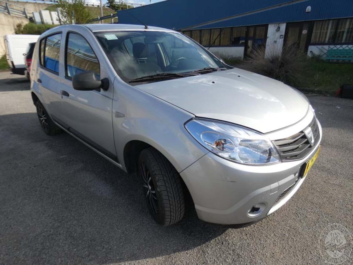 Autovettura Dacia anno 2011   GARA DI VENDITA SABATO 7 DICEMBRE 2019  VISIBILE PRESSO DEPOSITERIA IVG SIENA