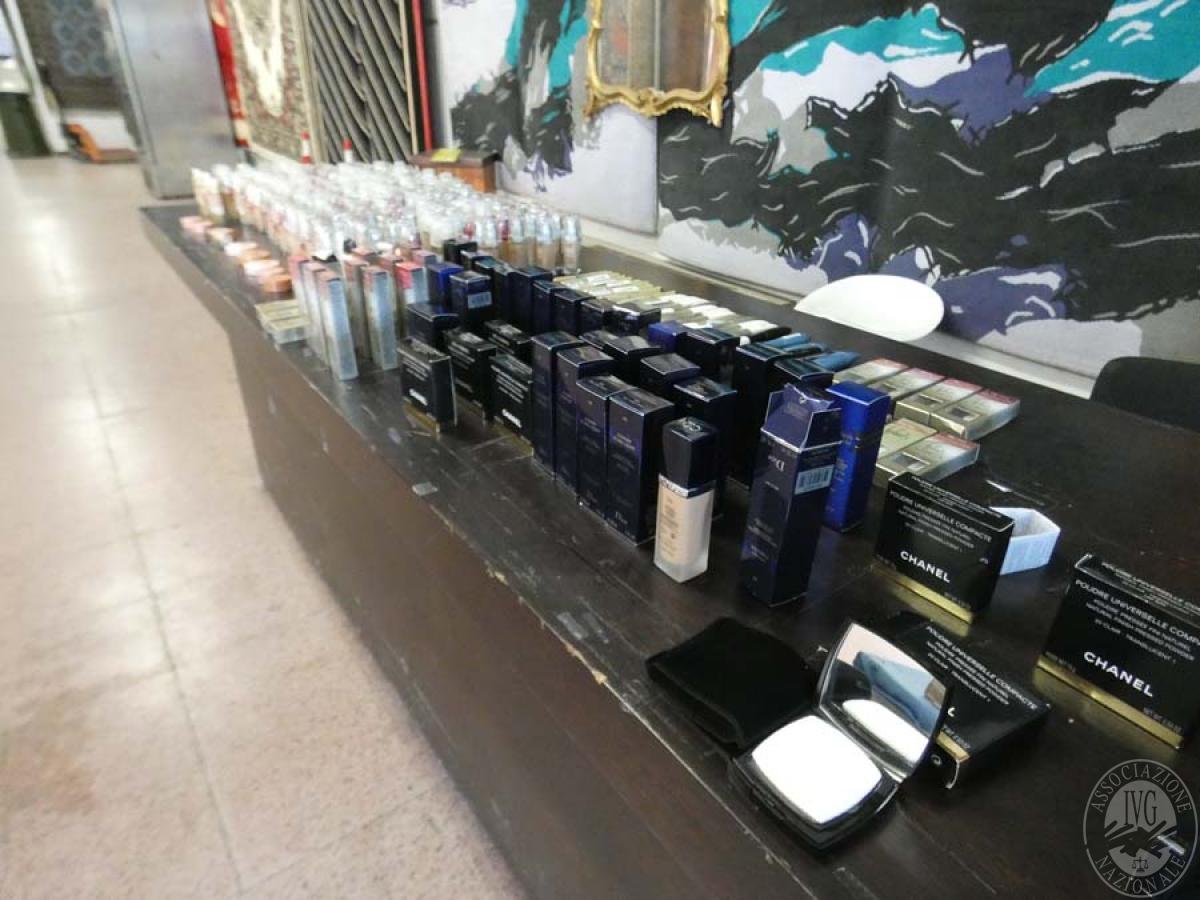 Circa 300 confezioni di cosmetici   GARA DI VENDITA SABATO 7 DICEMBRE 2019 8