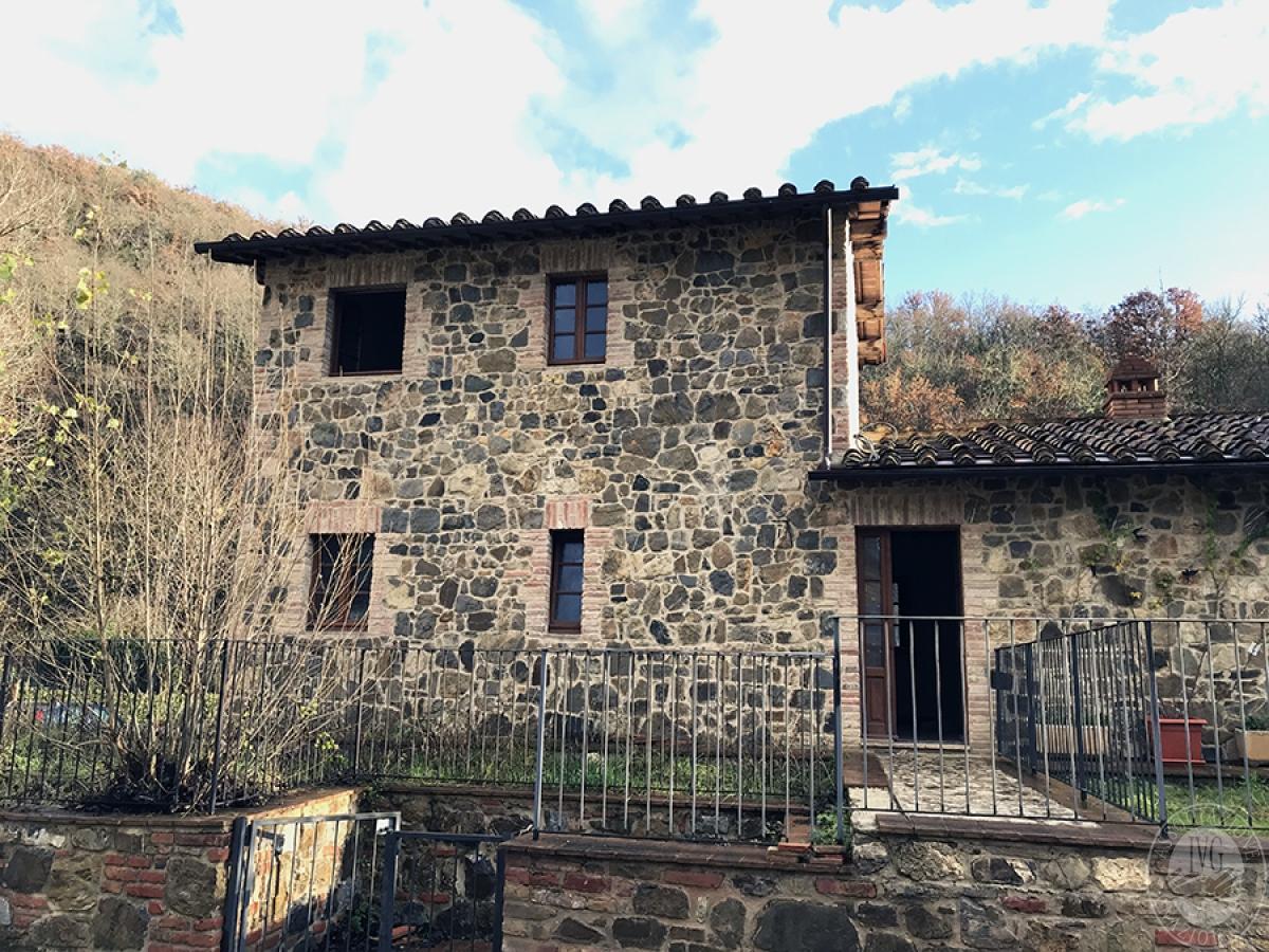 Appartamento a GAIOLE IN CHIANTI in loc. Molino di Monteluco - Lotto 1 0