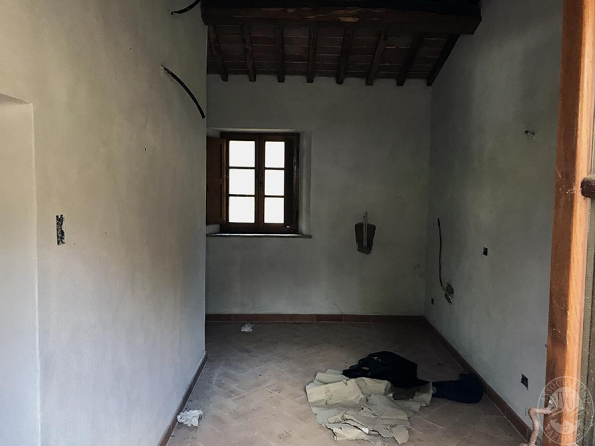 Appartamento a GAIOLE IN CHIANTI in loc. Molino di Monteluco - Lotto 1 2