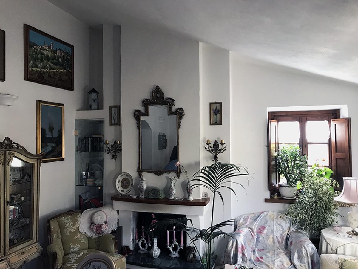 Appartamento a GAIOLE IN CHIANTI in loc. Molino di Monteluco - Lotto 2 9