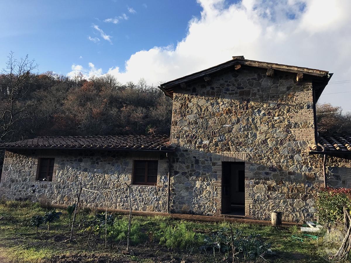 Appartamento a GAIOLE IN CHIANTI in loc. Molino di Monteluco - Lotto 3 2