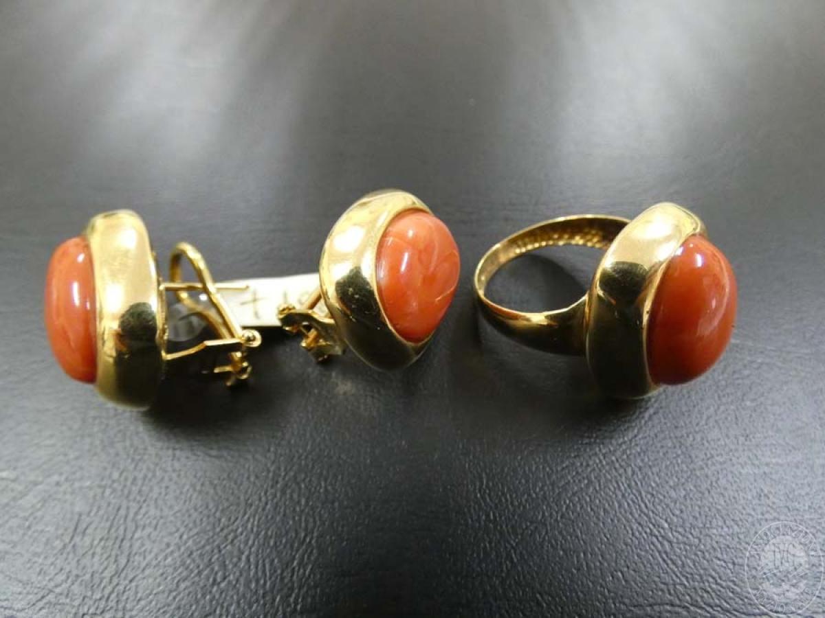 Rif. 1) Orecchini + anello in oro con pietra  GARA DI VENDITA SABATO 7 DICEMBRE 2019