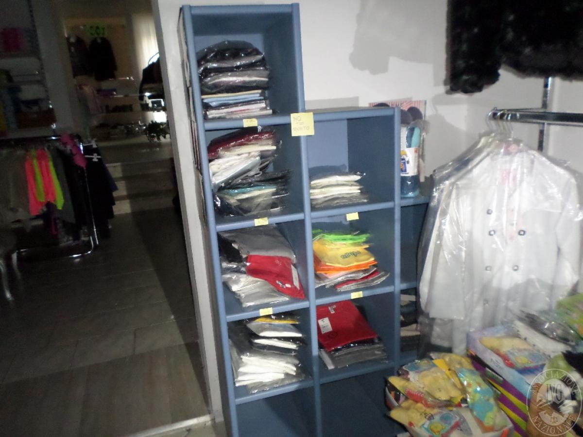 Abbigliamento Bambino/a NUOVO da esposizione   VENDITA ONLINE 9