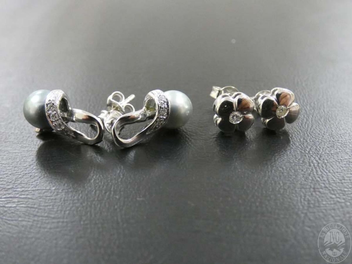 Rif. 16) N. 2 paia di orecchini in oro con pietre  GARA DI VENDITA SABATO 4 APRILE 2020 0