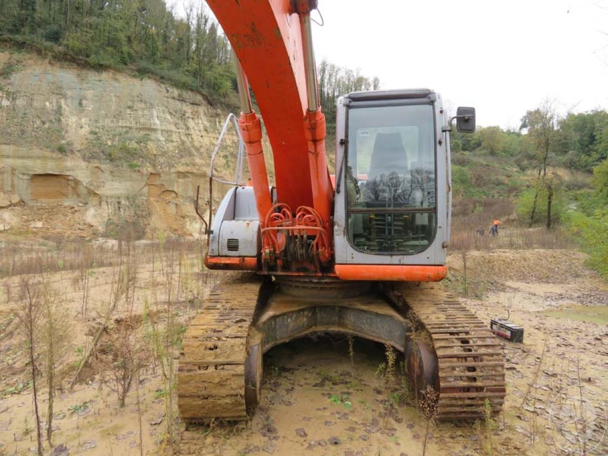 Escavatore Fiat Kobelco E215   GARA DI VENDITA SABATO 7 DICEMBRE 2019  VISIBILE IN SAN GIOVANNI VALDARNO (AR) 4