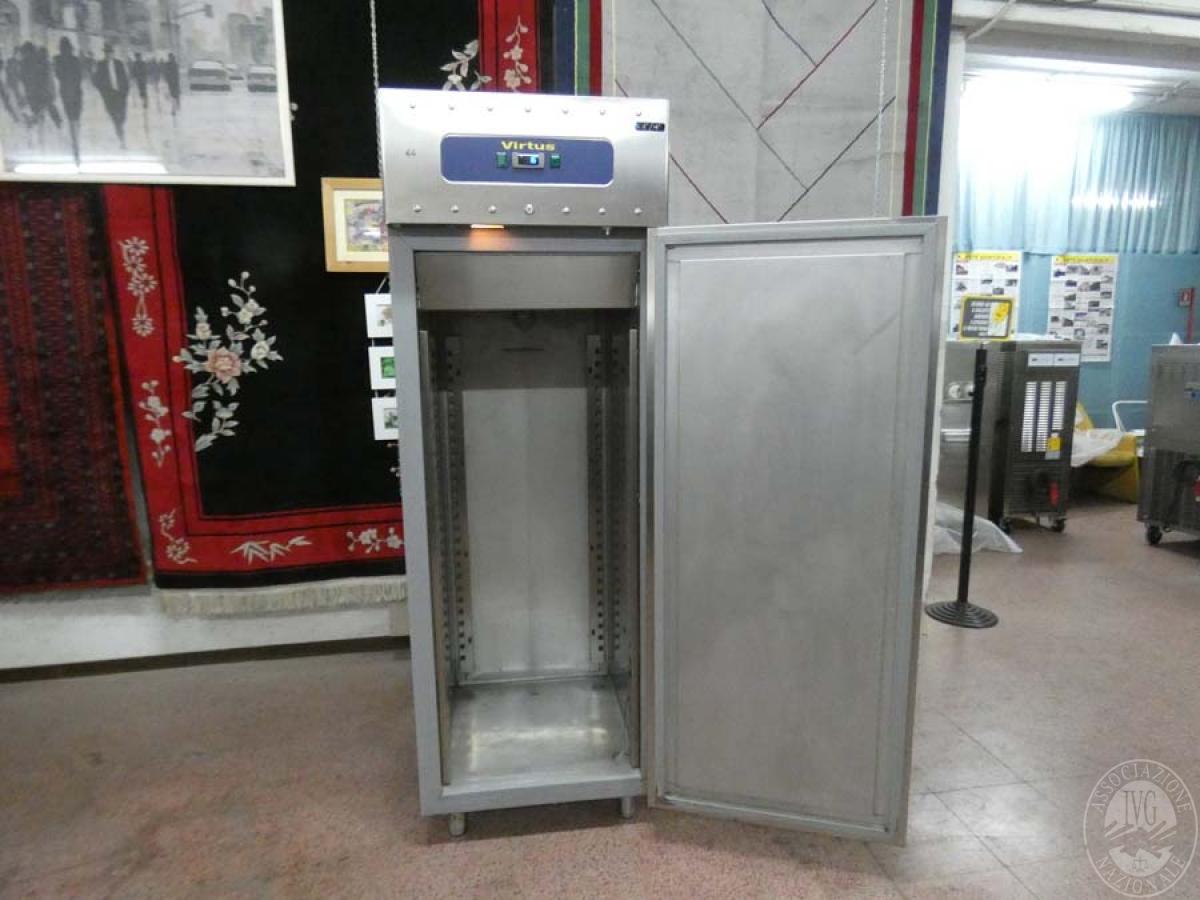 Rif. 64) Armadio frigorifero/congelatore Virtus   GARA DI VENDITA SABATO 8 FEBBRAIO 2020