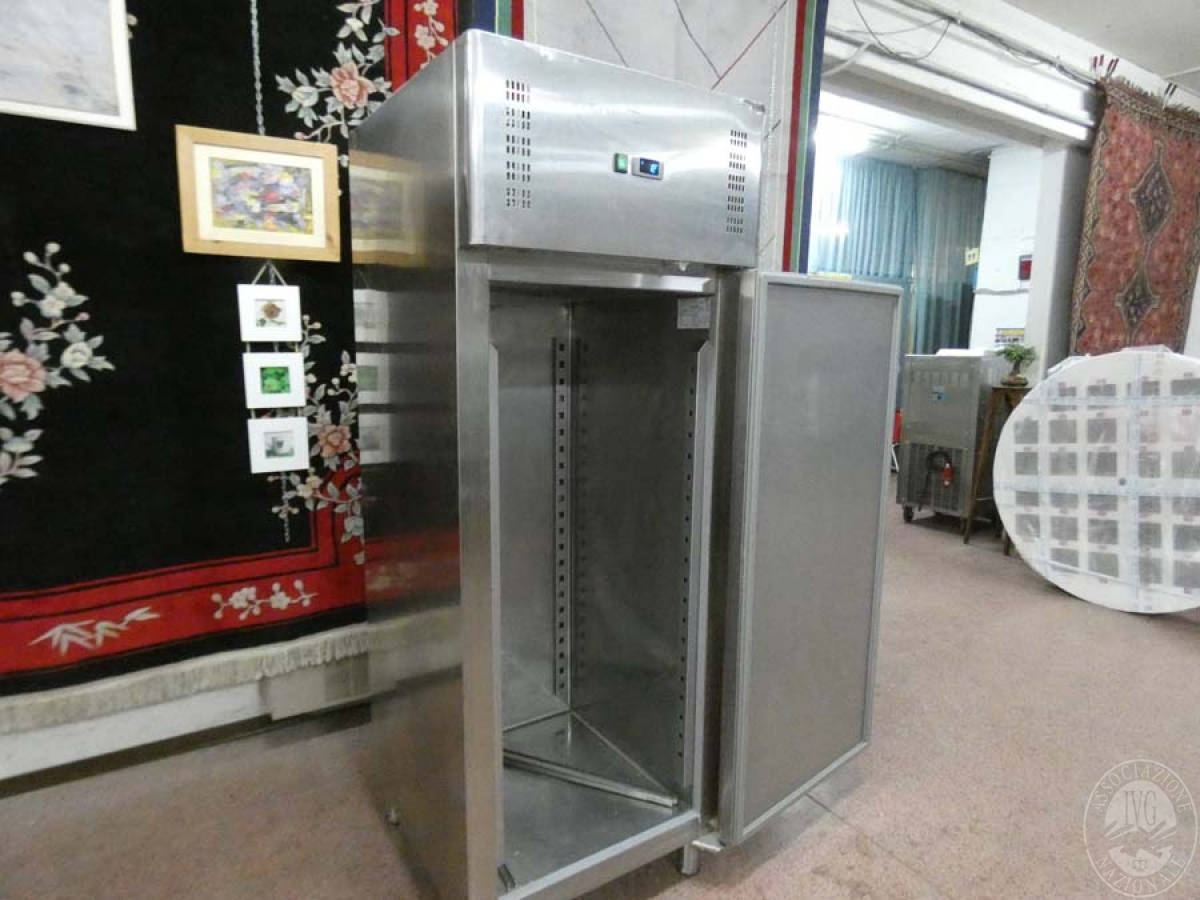Rif. 113) Armadio frigo  GARA DI VENDITA SABATO 8 FEBBRAIO 2020 1