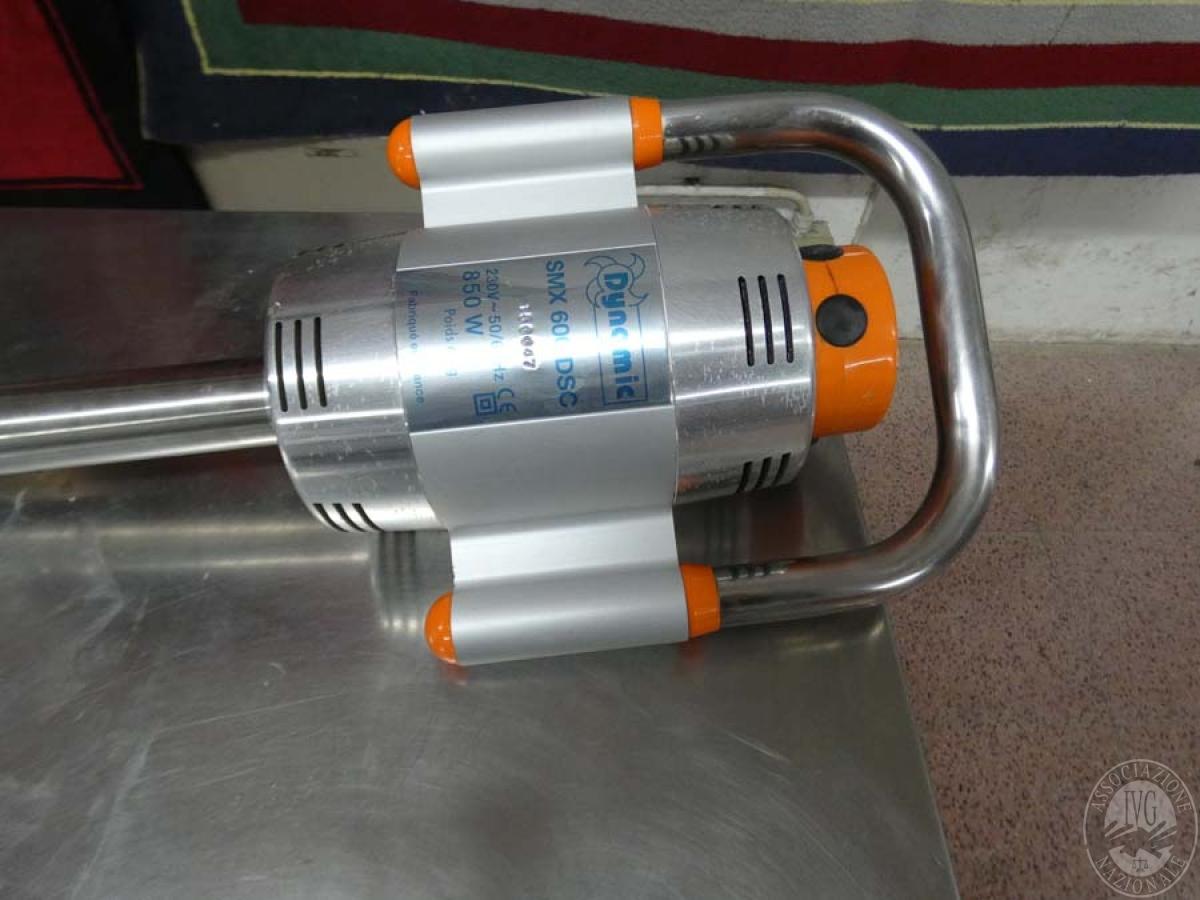 Rif. 106 + 156) Frullatore ad immersione provvisto di supporto    GARA DI VENDITA SABATO 8 FEBBRAIO 2020 4