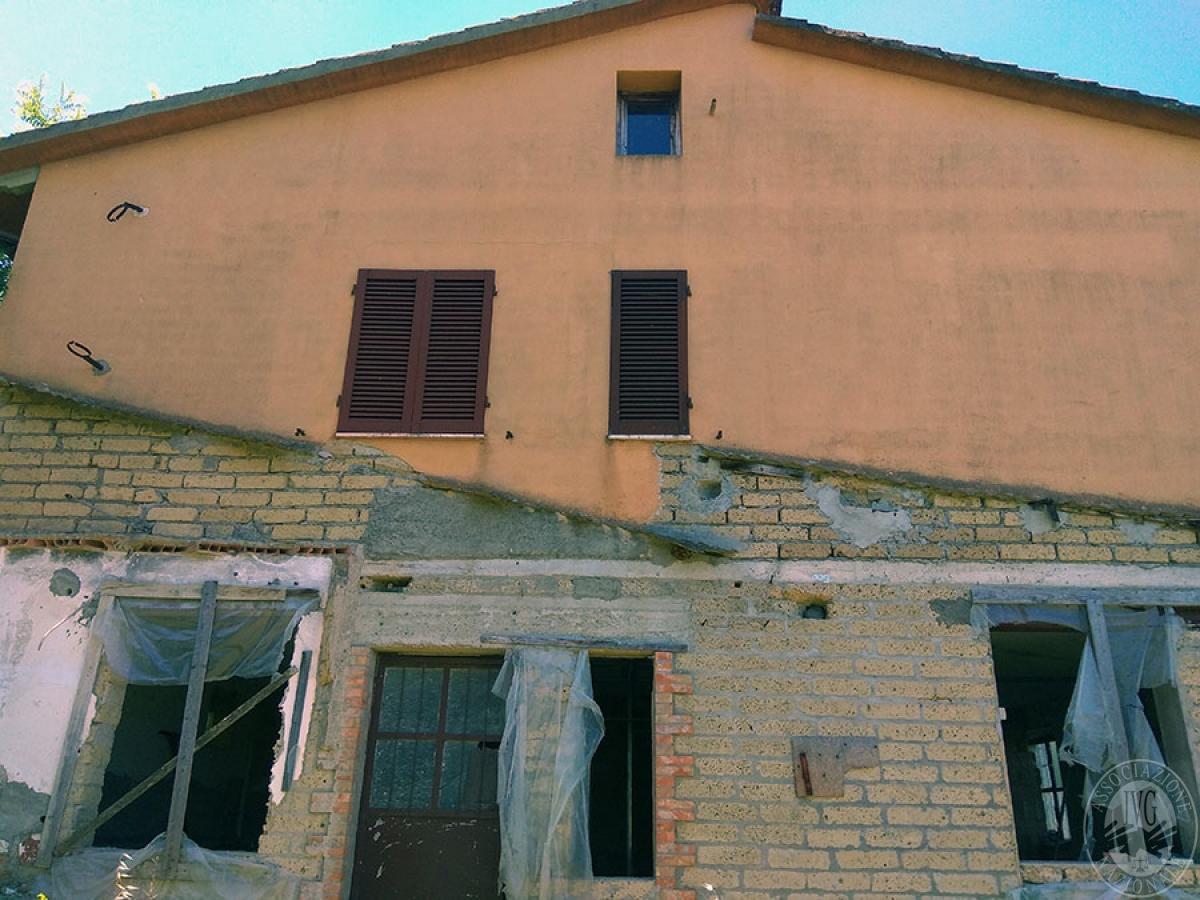 Appartamento a CASOLE D'ELSA in loc. Cavallano di Sopra 2