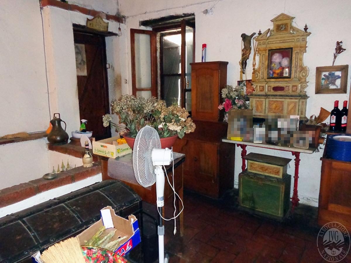 Appartamento, ristorante, terreni a MARCIANO DELLA CHIANA in Via dell'Esse 43