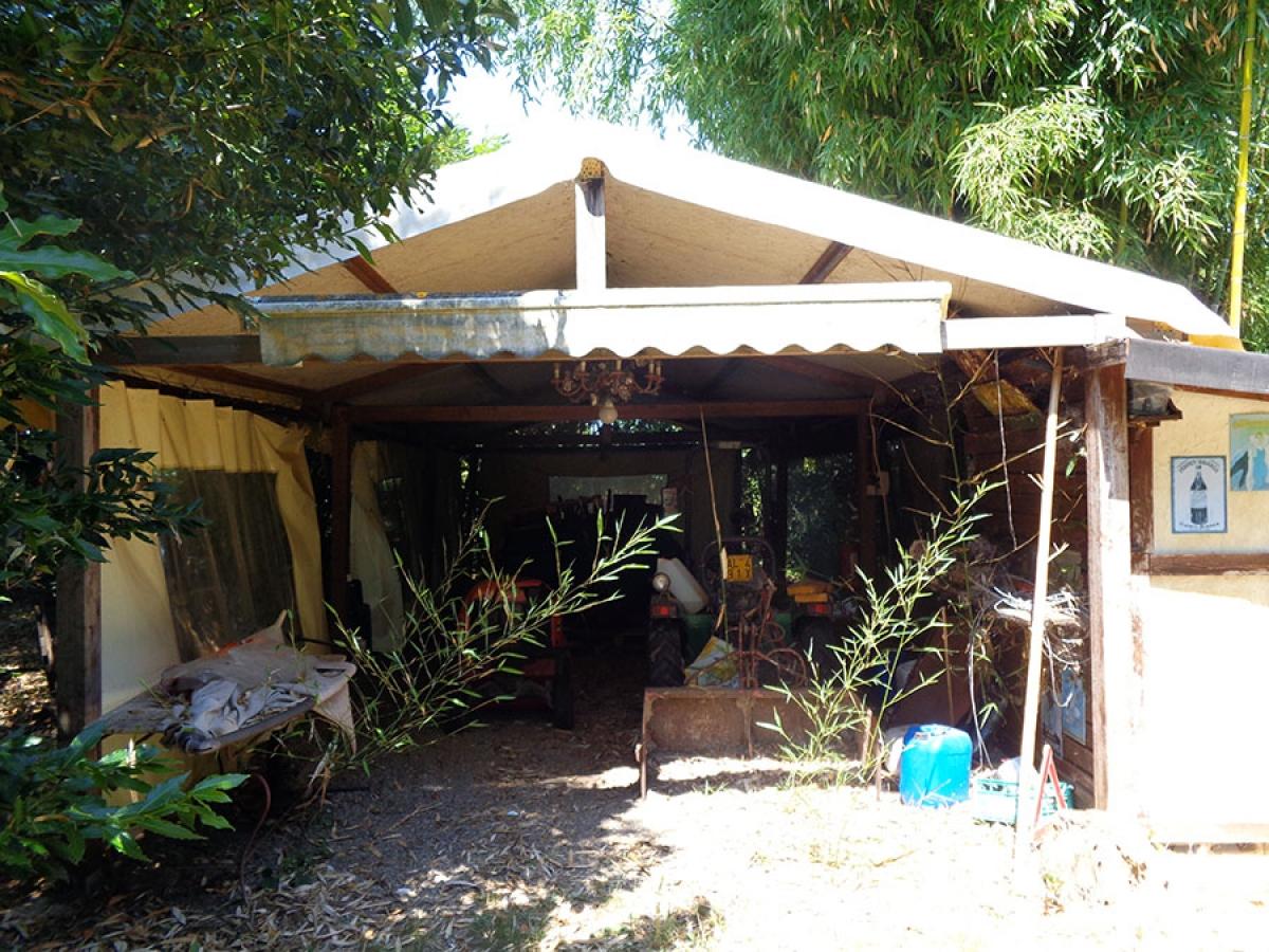 Appartamento, ristorante, terreni a MARCIANO DELLA CHIANA in Via dell'Esse 61