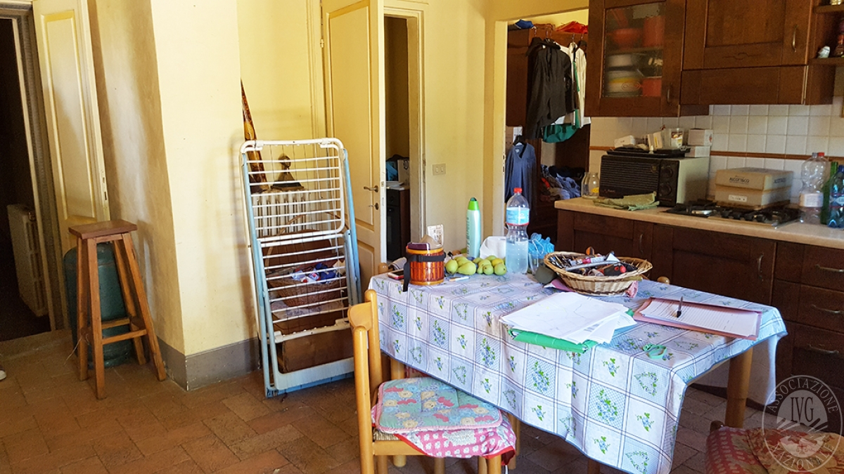 Colonica con terreni a CIVITELLA IN VAL DI CHIANA in loc. Querceto - Lotto 1A 3