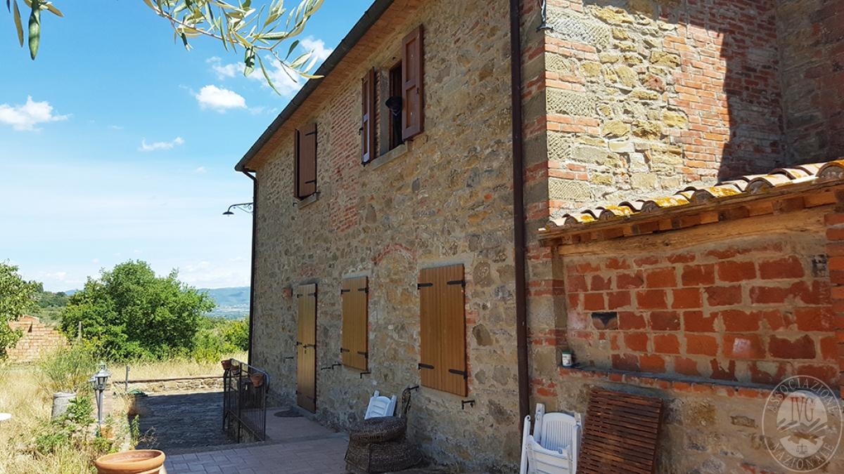 Colonica con terreni a CIVITELLA IN VAL DI CHIANA in loc. Querceto - Lotto 1A 5