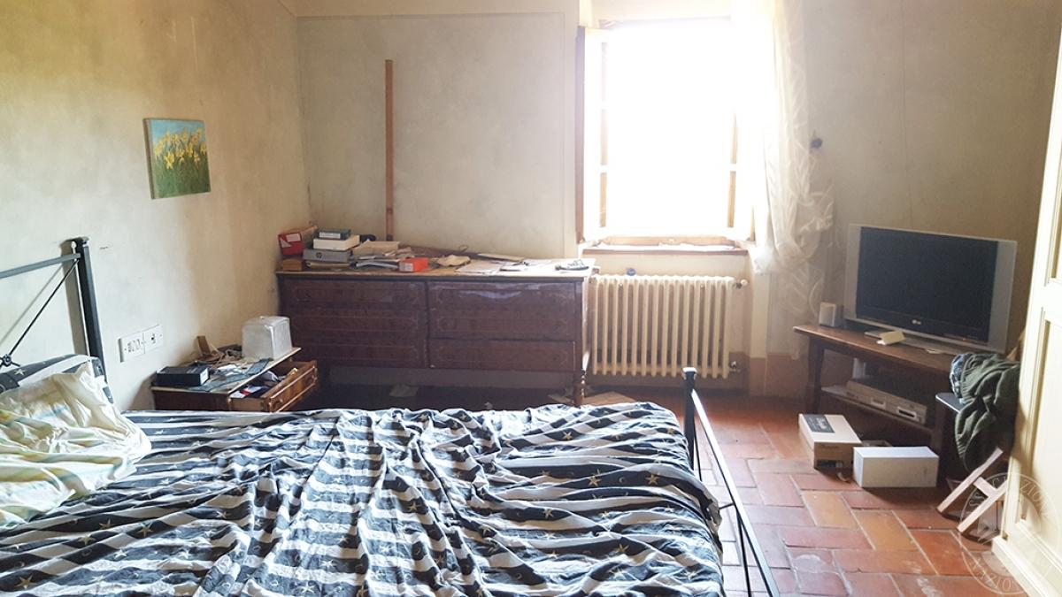 Colonica con terreni a CIVITELLA IN VAL DI CHIANA in loc. Querceto - Lotto 1A 10