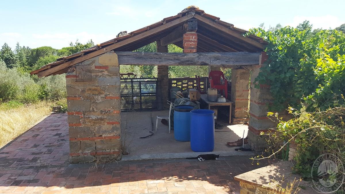 Colonica con terreni a CIVITELLA IN VAL DI CHIANA in loc. Querceto - Lotto 1A 12