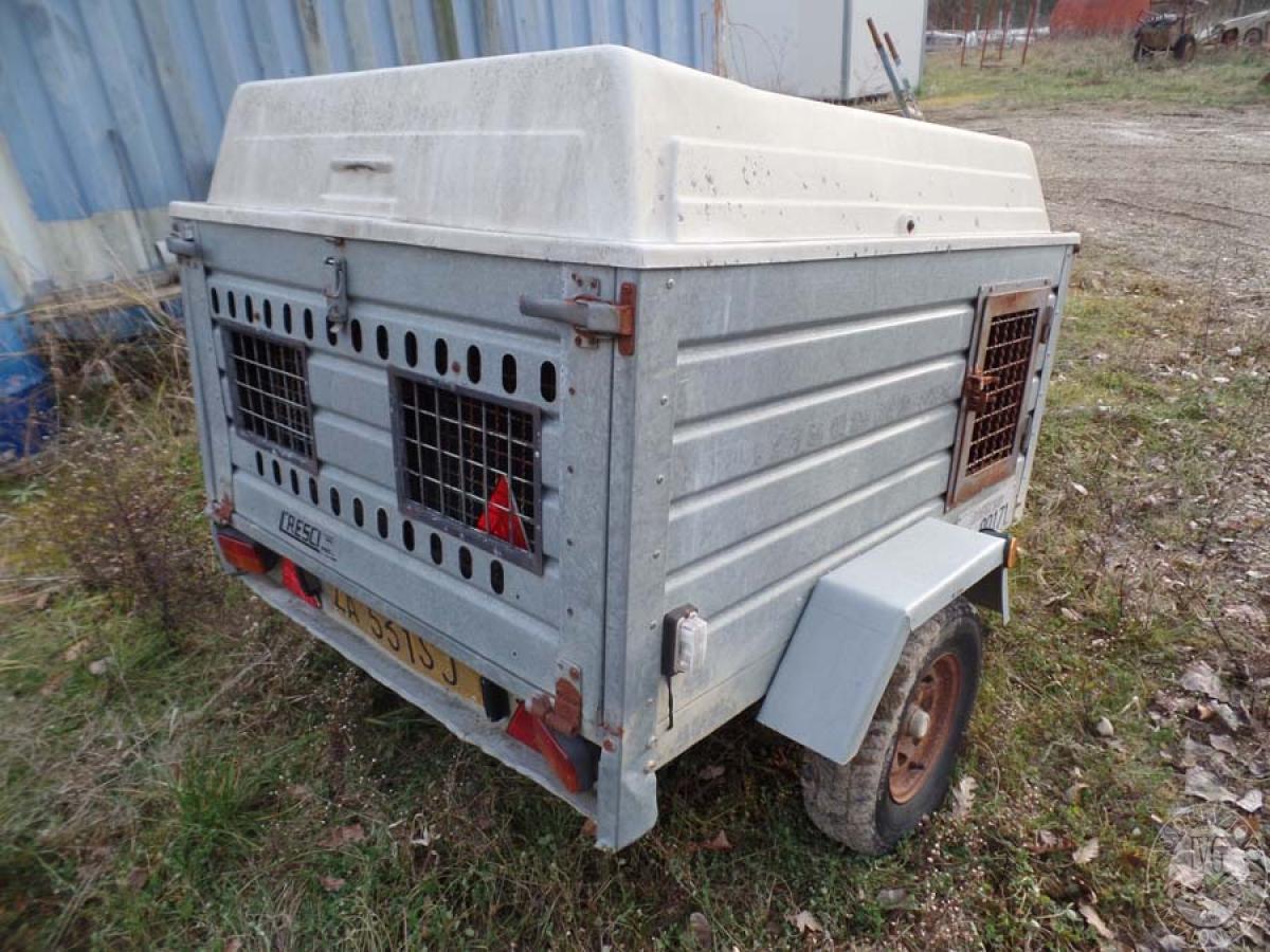Rif. 27) Rimorchio per trasporto animali    GARA ONLINE 25 SETTEMBRE 2020