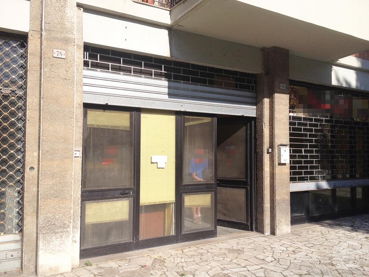 Negozio a SIENA in Via Ricasoli - Lotto 1