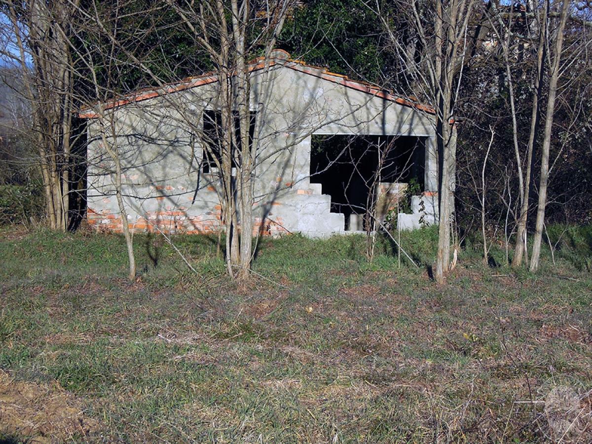 Abitazioni e terreni a BUCINE in loc. Il Casino Mammao 44