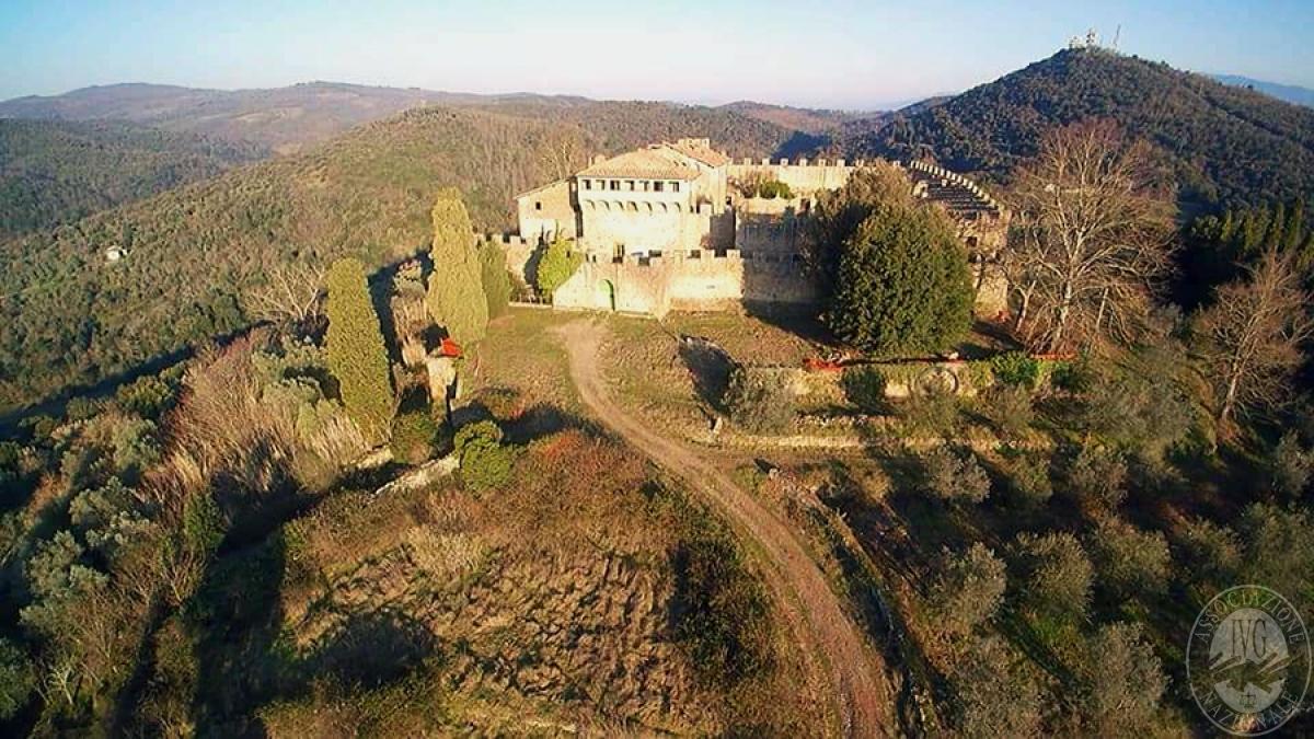 Castello ad AREZZO in loc. Battifolle 0