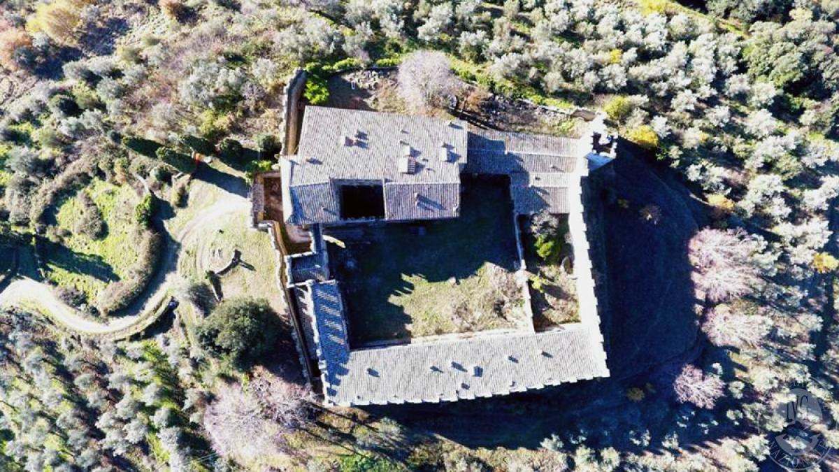 Castello ad AREZZO in loc. Battifolle 9