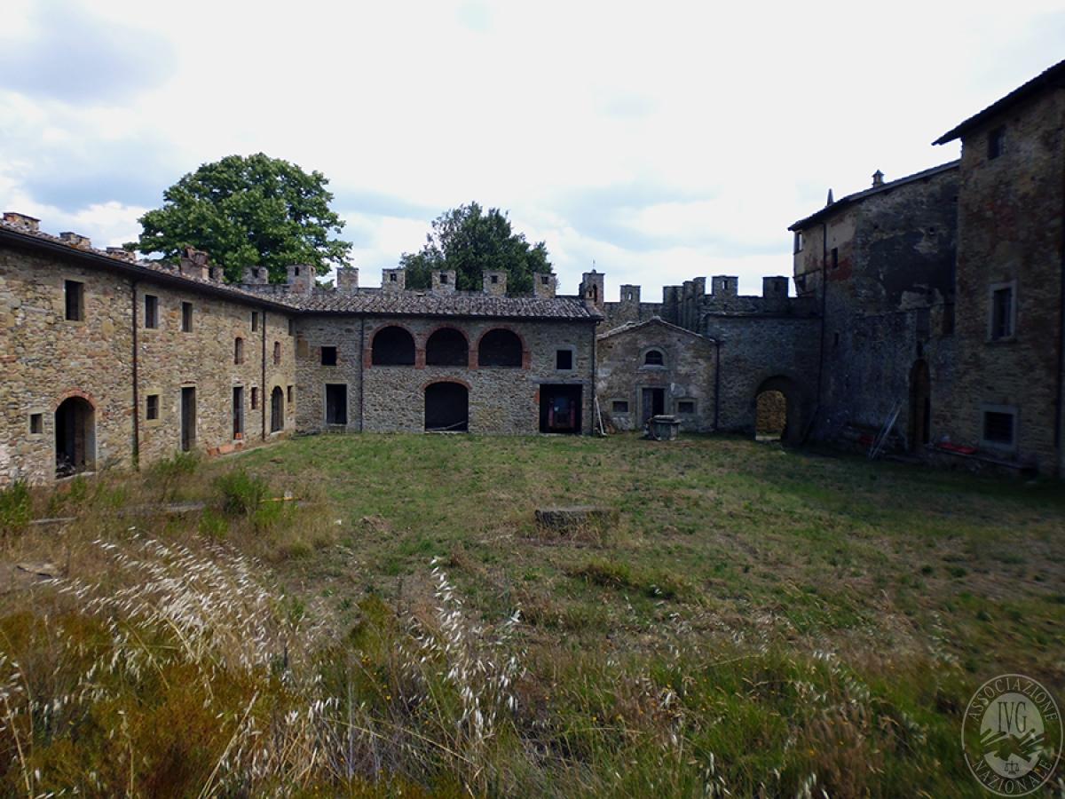 Castello ad AREZZO in loc. Battifolle 13