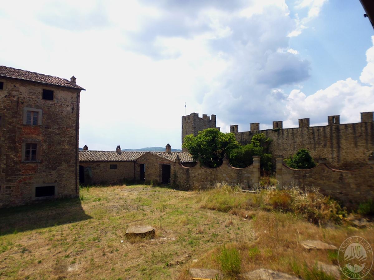 Castello ad AREZZO in loc. Battifolle 17