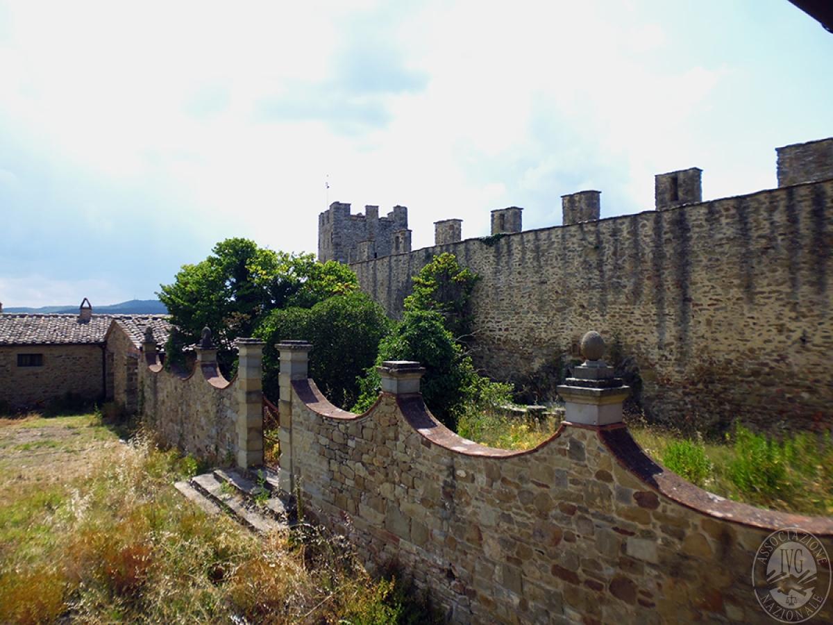 Castello ad AREZZO in loc. Battifolle 16