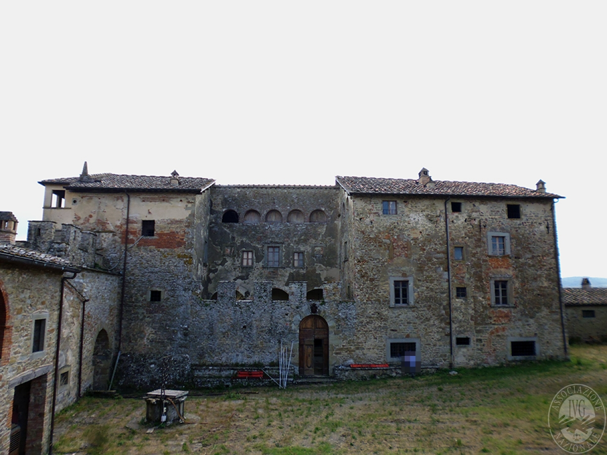 Castello ad AREZZO in loc. Battifolle 21