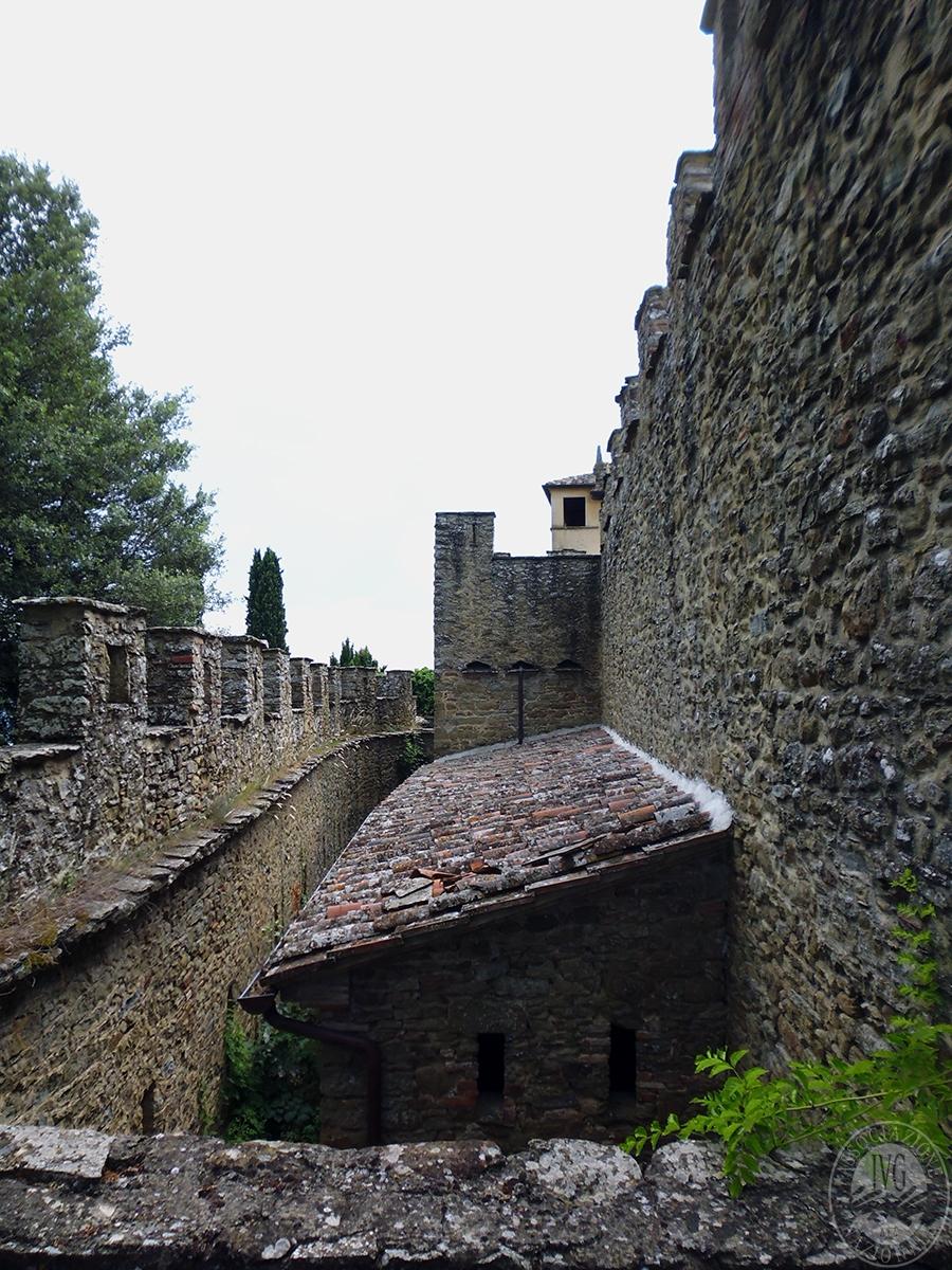 Castello ad AREZZO in loc. Battifolle 24
