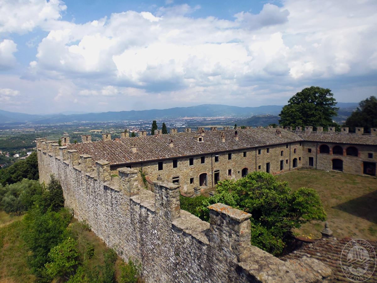 Castello ad AREZZO in loc. Battifolle 51