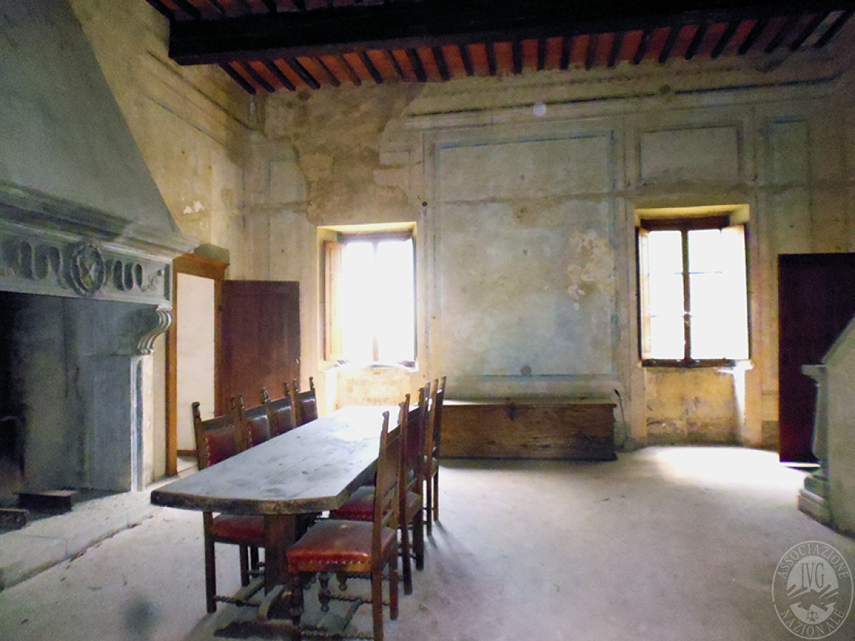 Castello ad AREZZO in loc. Battifolle 72