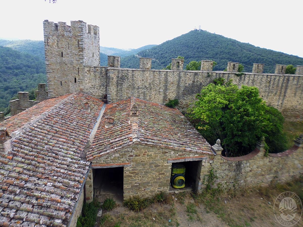 Castello ad AREZZO in loc. Battifolle 108