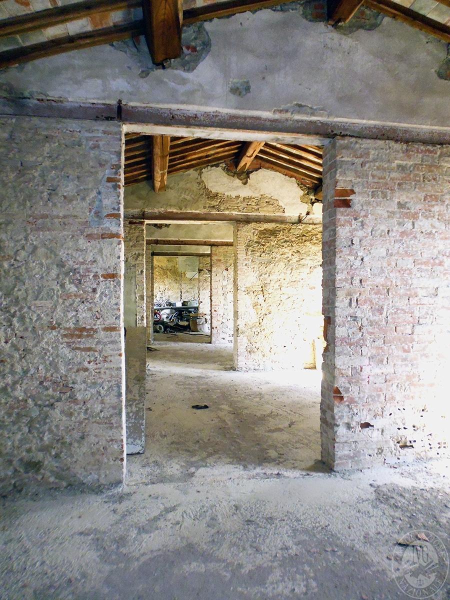 Castello ad AREZZO in loc. Battifolle 126