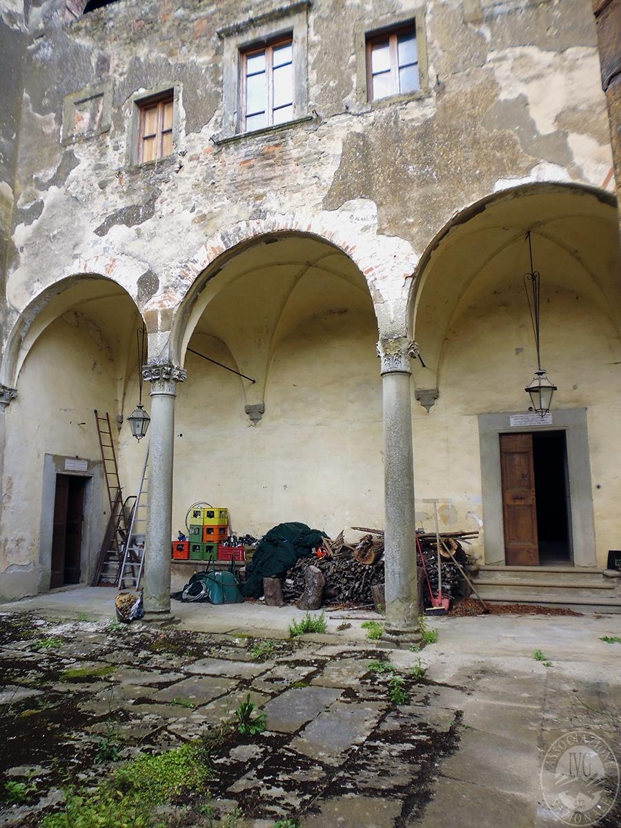 Castello ad AREZZO in loc. Battifolle 125