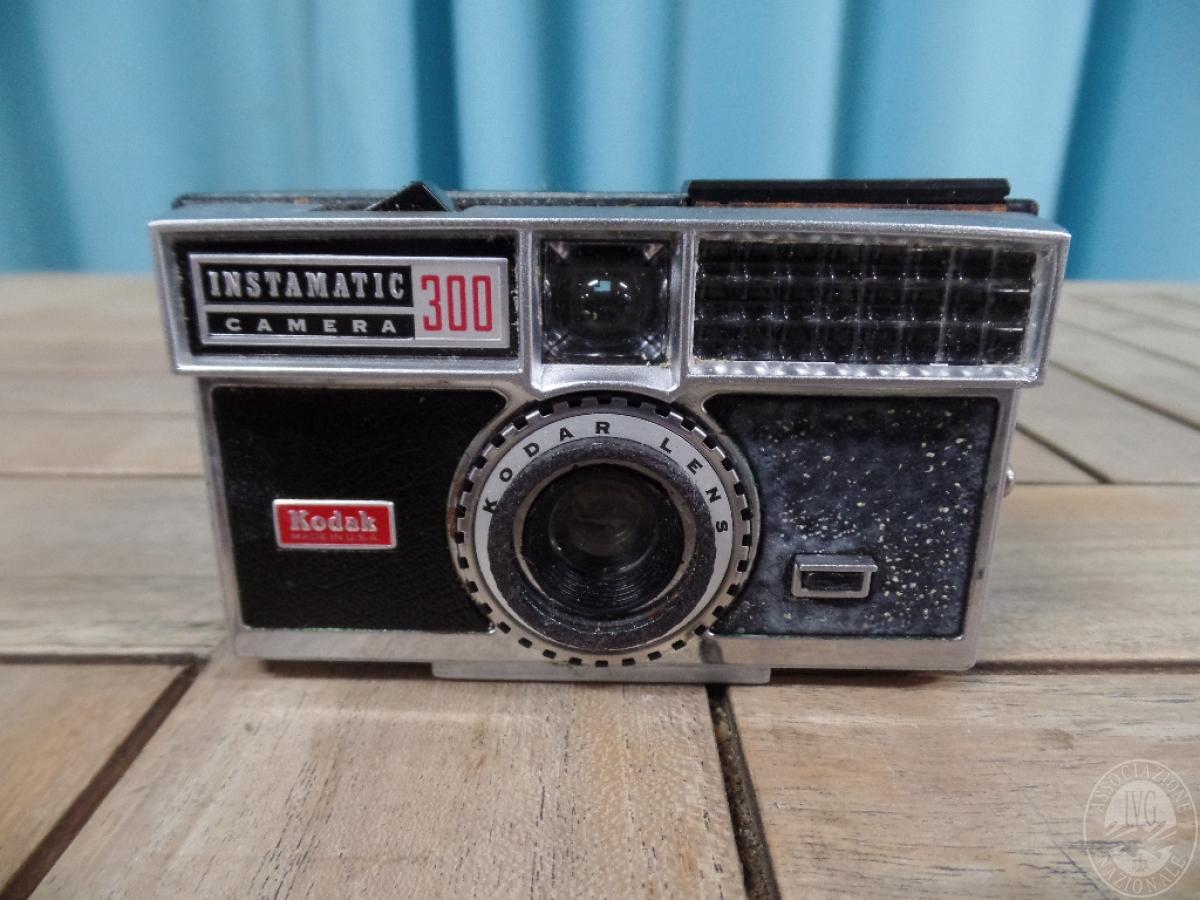 Rif. 40) Fotocamera Kodak   VENDITA ONLINE 9 SETTEMBRE 2020