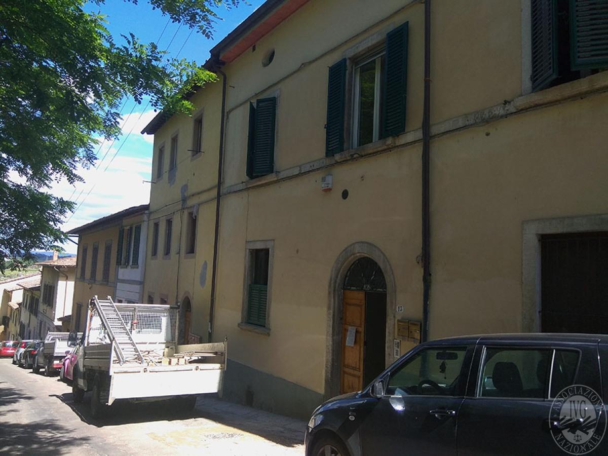 Appartamento a COLLE DI VAL D'ELSA in Via G. Matteotti 11
