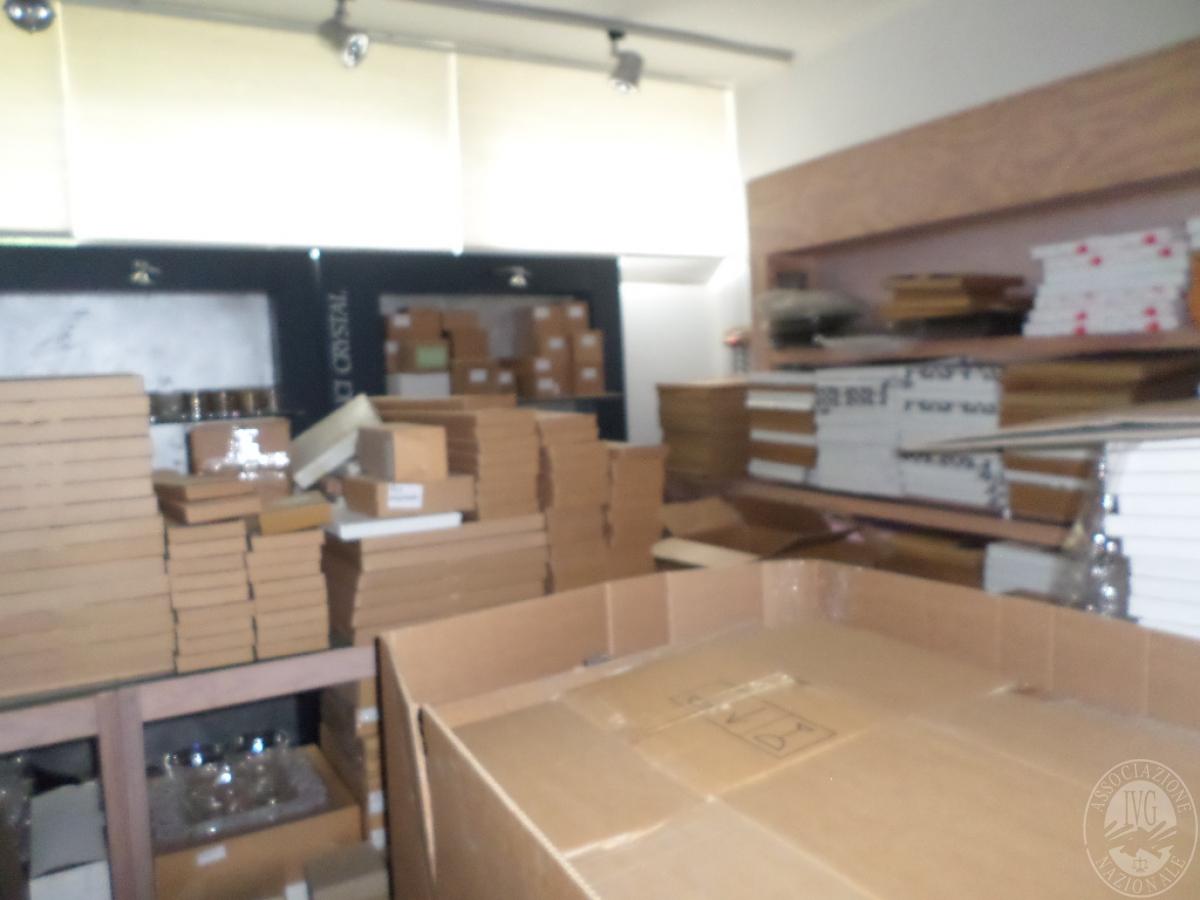 """LOTTO 4) circa 24.640 prodotti finiti e semilavorati    VENDITA CON GARA ONLINE """"RACCOLTA DI OFFERTE"""" 24 NOVEMBRE 2020 1"""