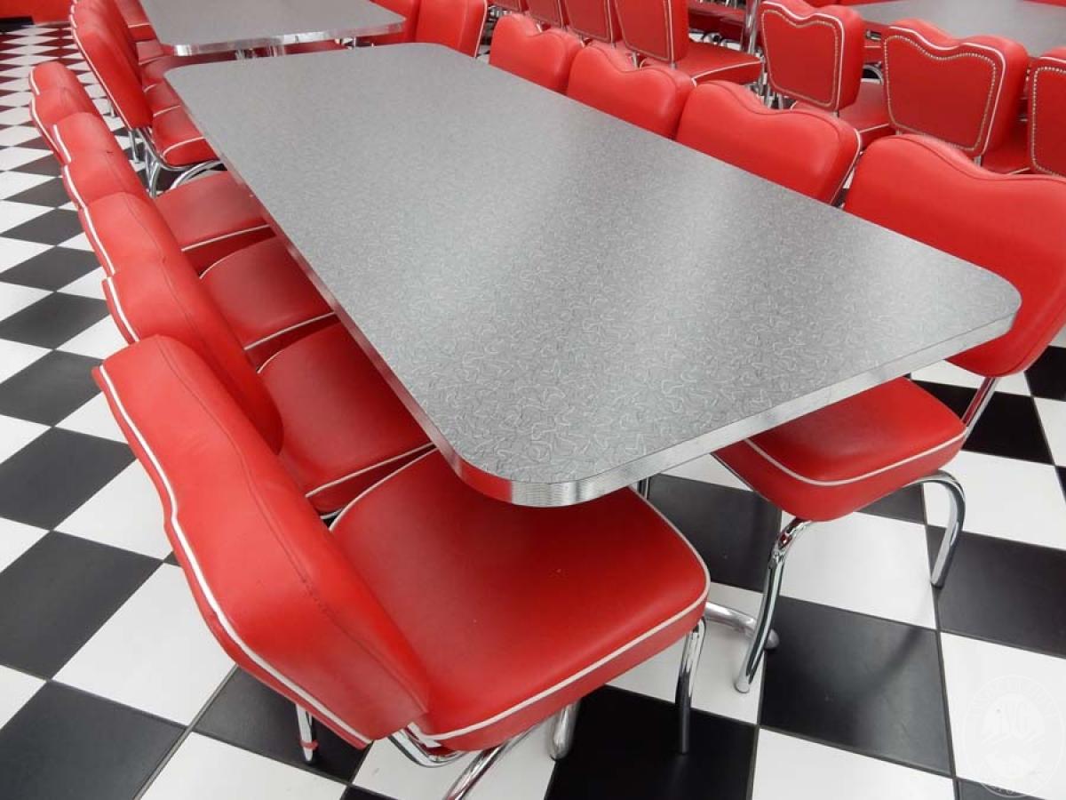 Rif. 39 + 41 A) Tavolo rettangolare + 8 sedie   VENDITA ONLINE 21 LUGLIO 2020