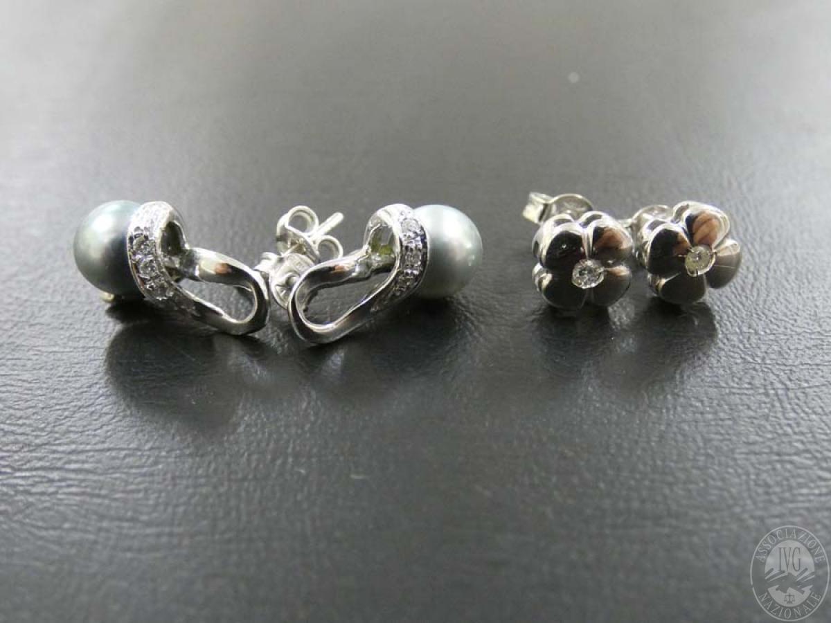 Rif. 16) N. 2 paia di orecchini in oro con pietre   VENDITA ONLINE 23 LUGLIO 2020