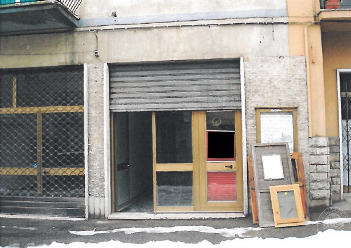 Negozio ad ABBADIA SAN SALVATORE in Via Gorizia