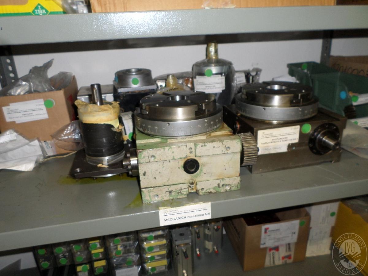 Importante magazzino componenti costruzione e ricambistica macchinari lavorazione legno 6