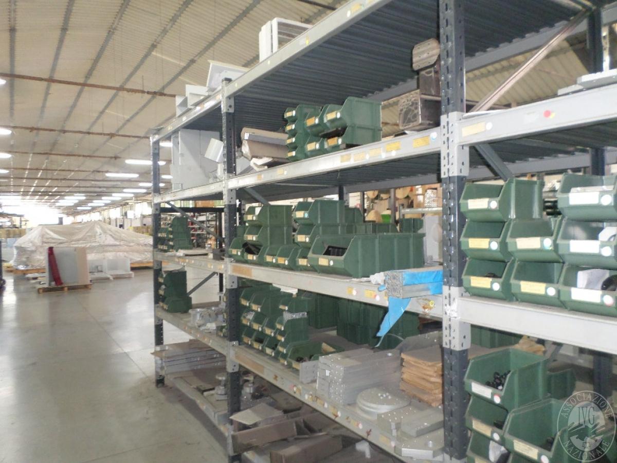 Importante magazzino componenti costruzione e ricambistica macchinari lavorazione legno 13