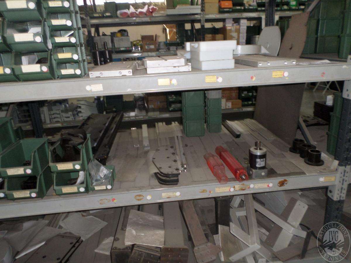 Importante magazzino componenti costruzione e ricambistica macchinari lavorazione legno 14