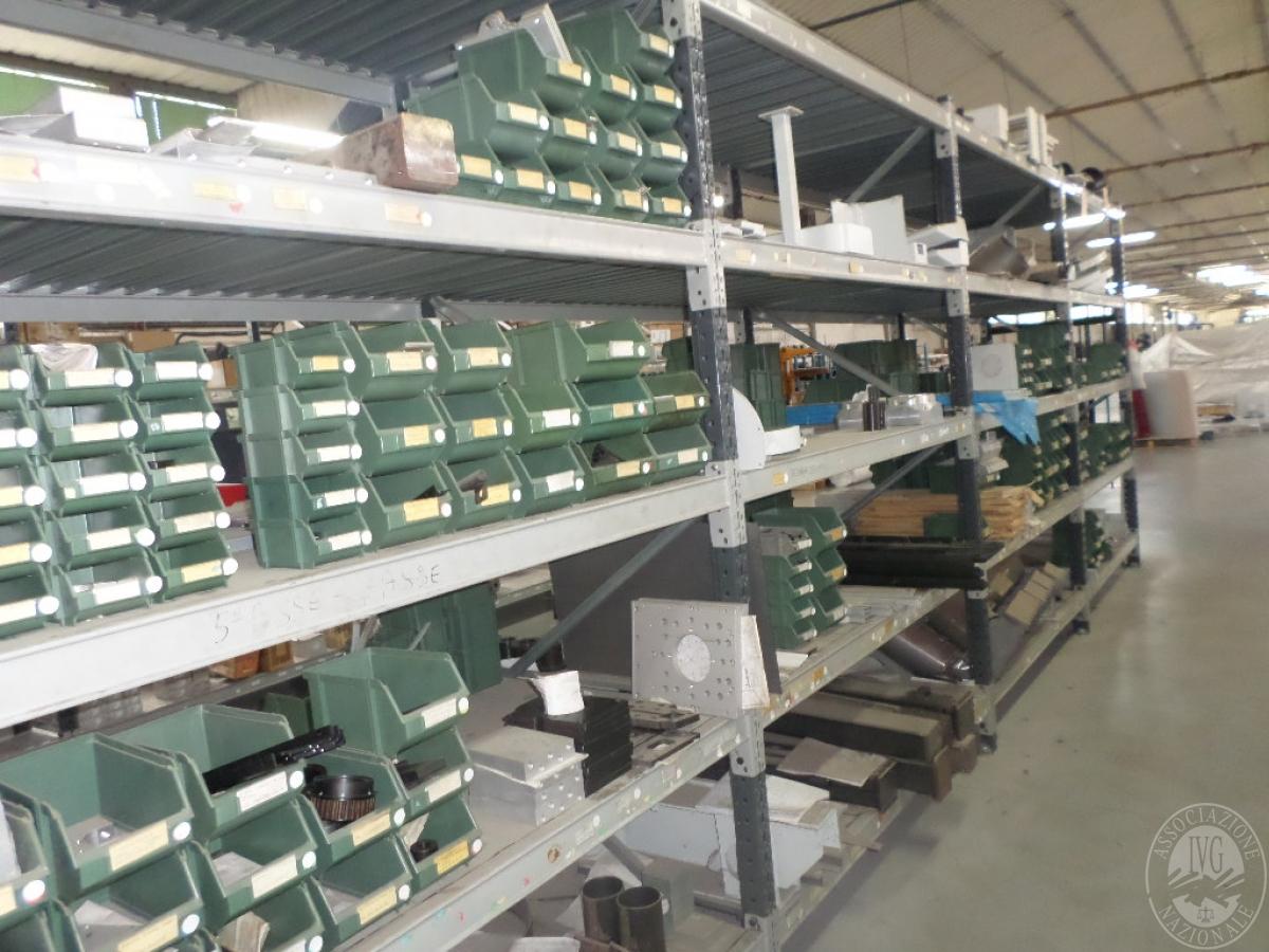 Importante magazzino componenti costruzione e ricambistica macchinari lavorazione legno 17