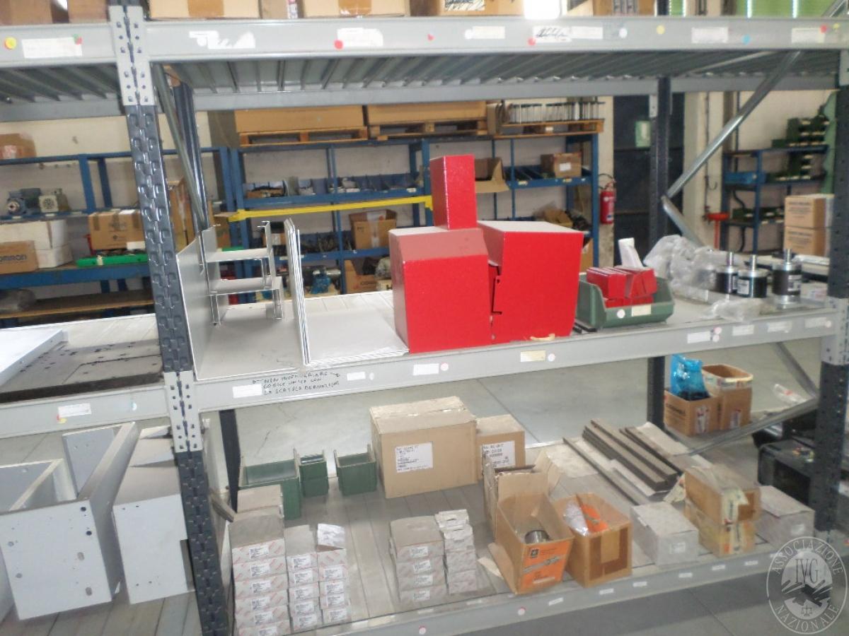 Importante magazzino componenti costruzione e ricambistica macchinari lavorazione legno 16