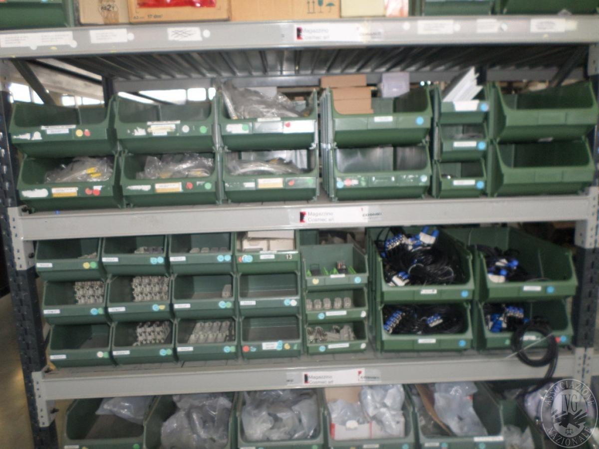 Importante magazzino componenti costruzione e ricambistica macchinari lavorazione legno 19